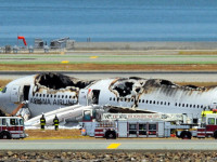 Boeing 777 aircraft has crashed at San Francisco airport