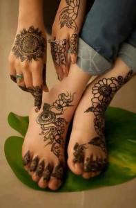 Latest Mahndi Designs 2013