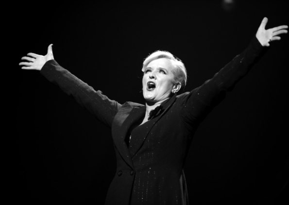 Singer Bernie Nolan died today with cancer at age 52