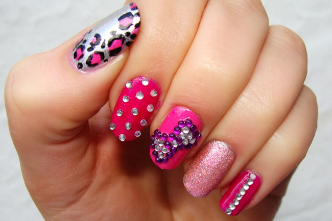 Funky barbie pink nails The new nail art tools and techniques developed aim