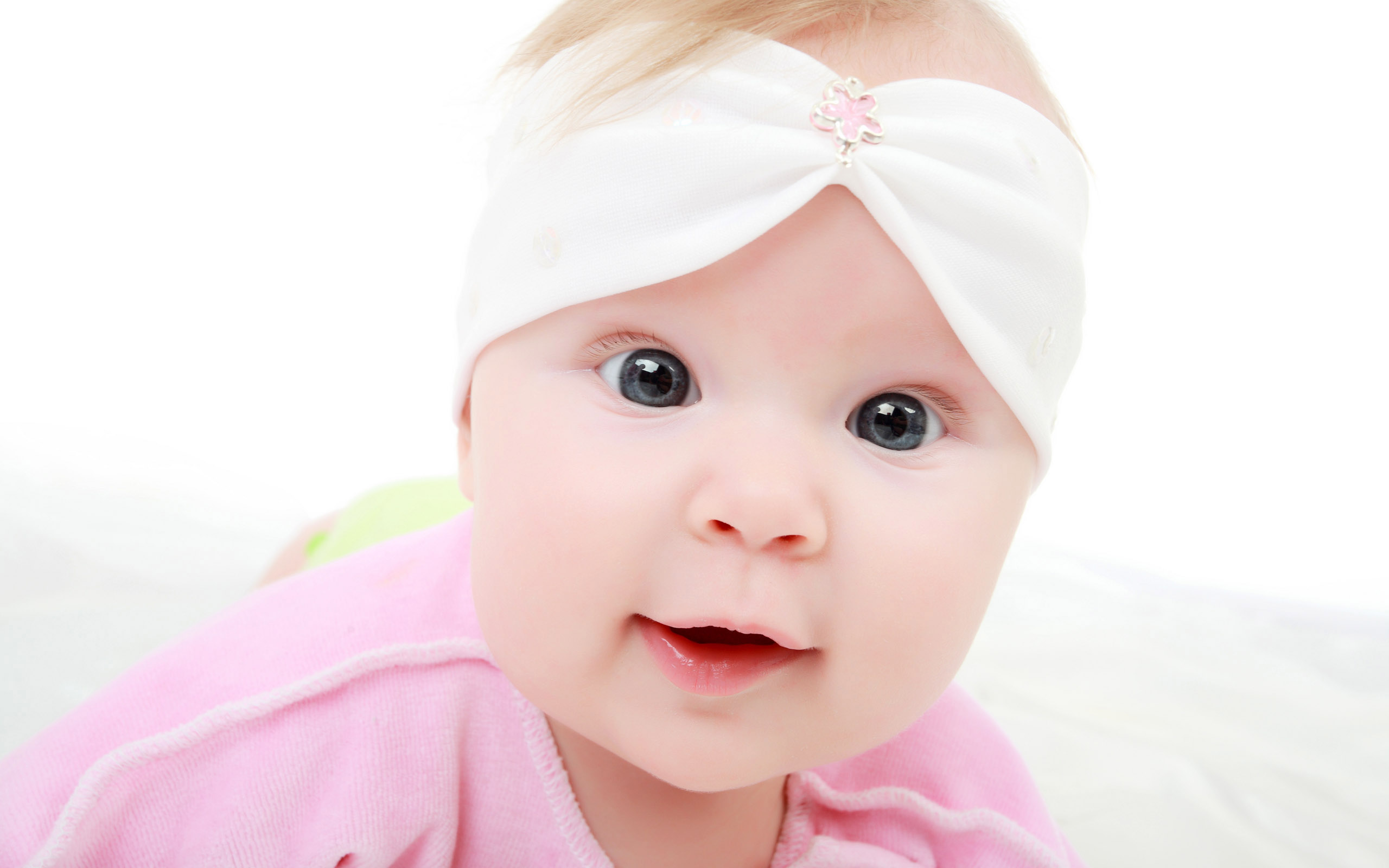 latest cute baby hd wallpapers