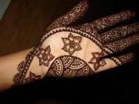 Pakistani and Indian Mehndi design on Eid ul azha